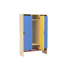 Трехсекционный шкафчик для переодевания в детский сад